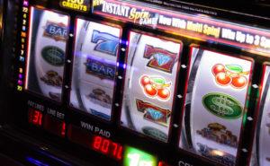 Slot Machine an der Autobahn