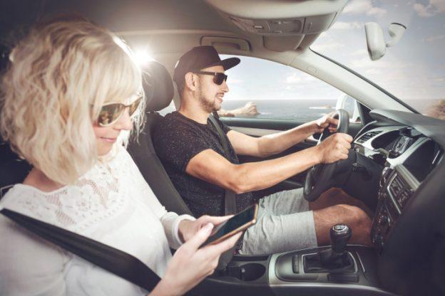 Als Beifahrer kommt man gefühlt schneller durch Stau als der Fahrer